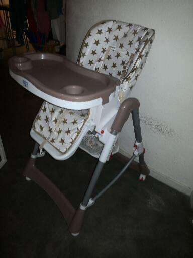 Chaise bébé pliable et réglable  14 Marseille 2 (13)