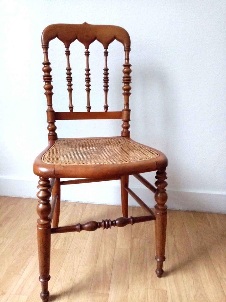 Chaise de bistrot en bois tourné et cannage 15 Montreuil (93)