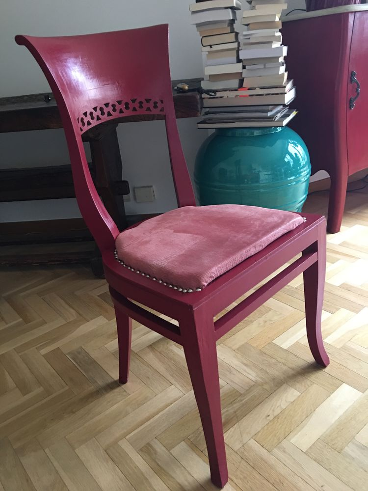 Chaise bois peint rouge 0 Issy-les-Moulineaux (92)