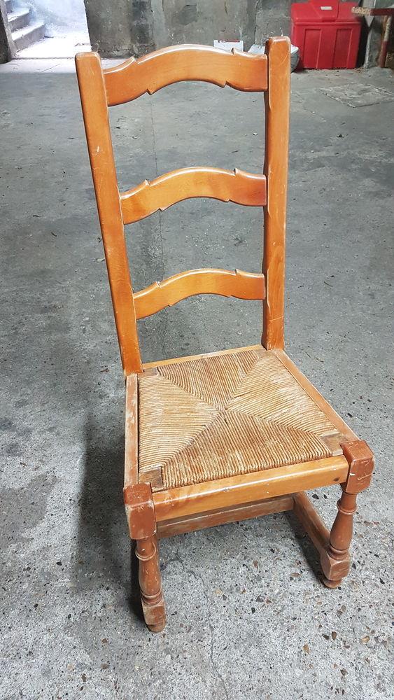 Chaise en bois 20 Meudon (92)