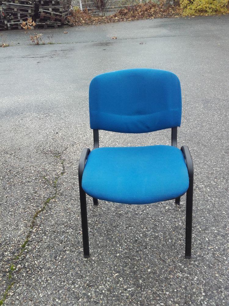 Chaise de bureau bleu Réf. A9 30 Grenoble (38)