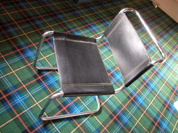 chaises bureau occasion annemasse 74 annonces achat et vente de chaises bureau paruvendu. Black Bedroom Furniture Sets. Home Design Ideas