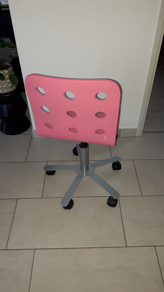 Chaise bureau à roulettes 15 Guipavas (29)