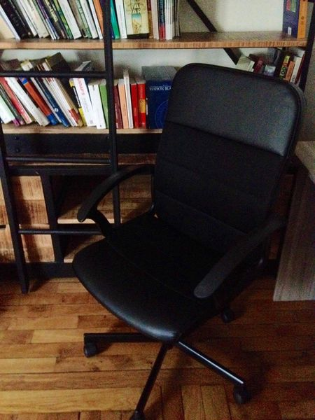 Chaise de bureau très bon état 20 Paris 14 (75)