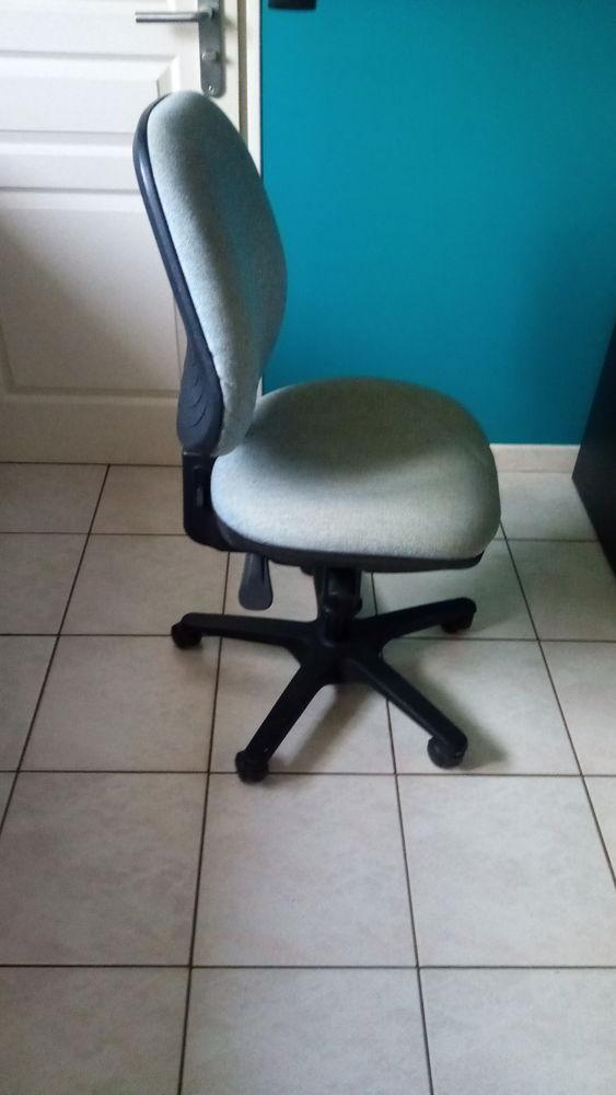 Chaise de bureau 15 Ancenis (44)