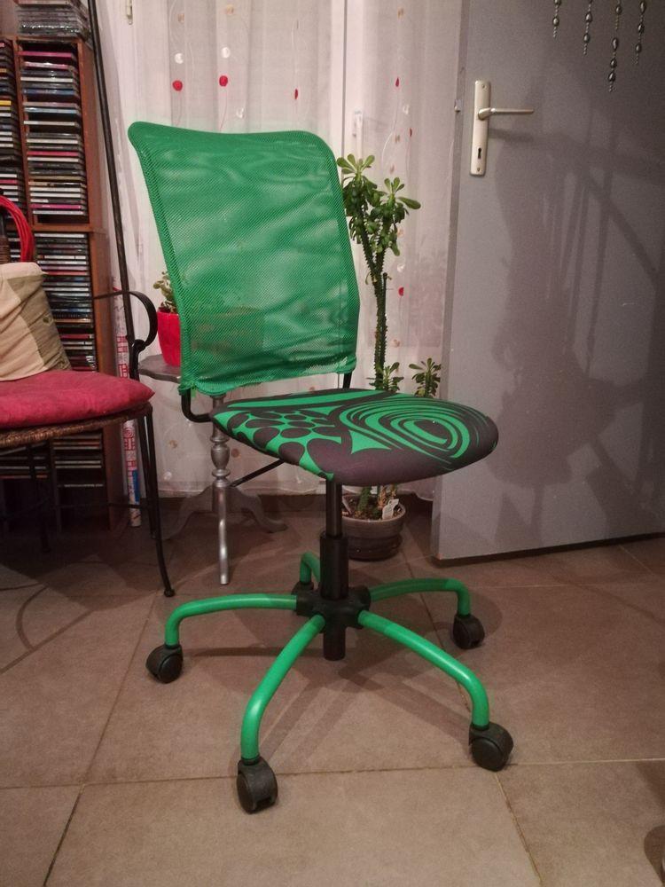 chaise de bureau 15 Saint-Aunès (34)