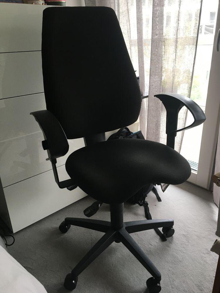 chaise de bureau 115 Boulogne-Billancourt (92)