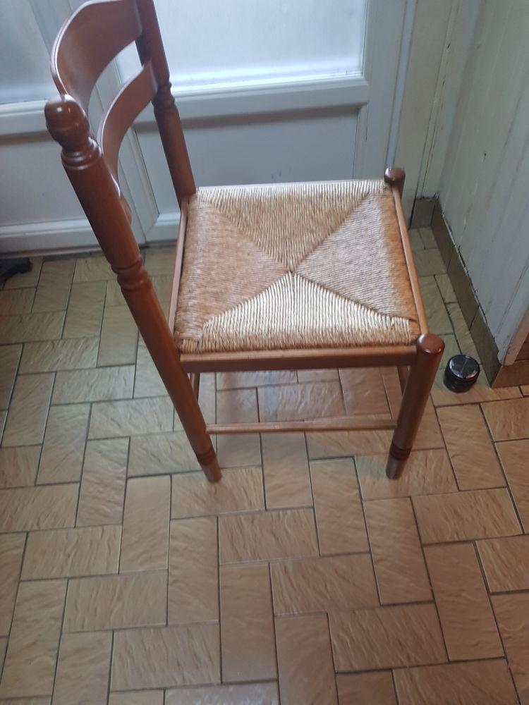 Chaise de cuisine 60 Hazebrouck (59)