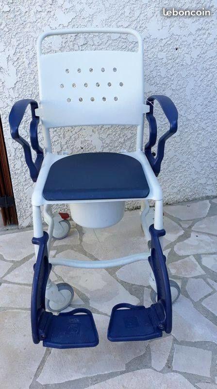 Chaise de douche et garde robe Bonn 200 Gabarret (40)