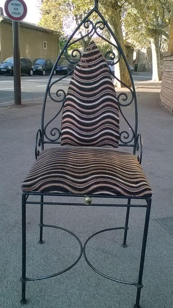 chaise en fer forger style marocain  220 Fréjus (83)