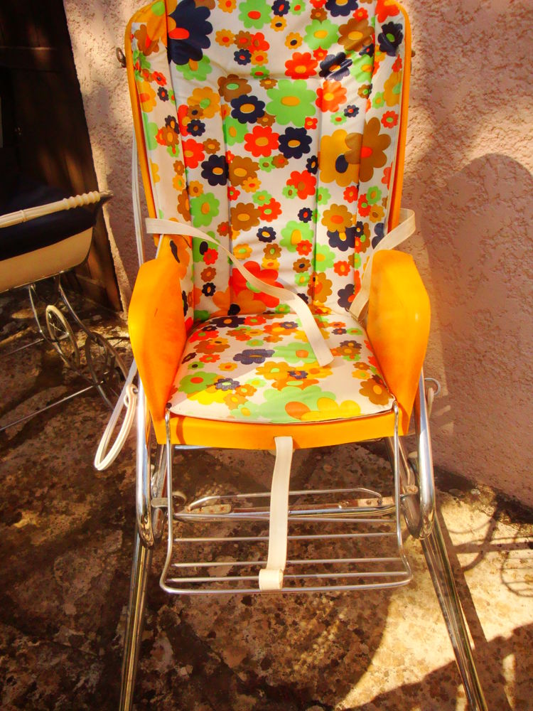 chaise haute baby relax année 1970 40 Nimes (30)