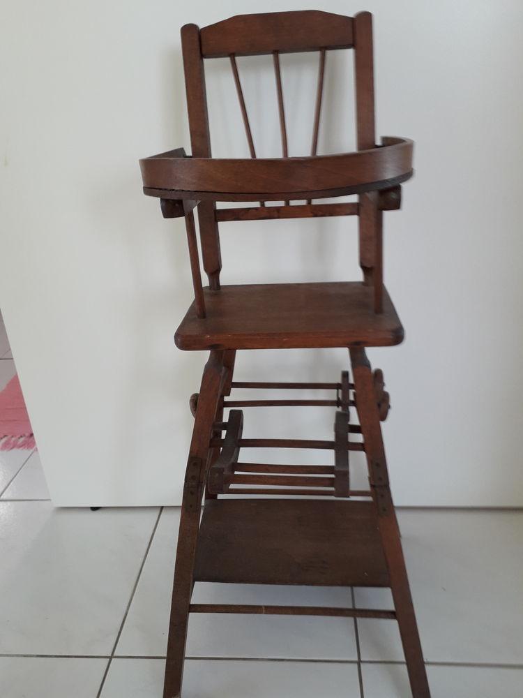 Chaise haute de baigneur . 95 Canet-en-Roussillon (66)