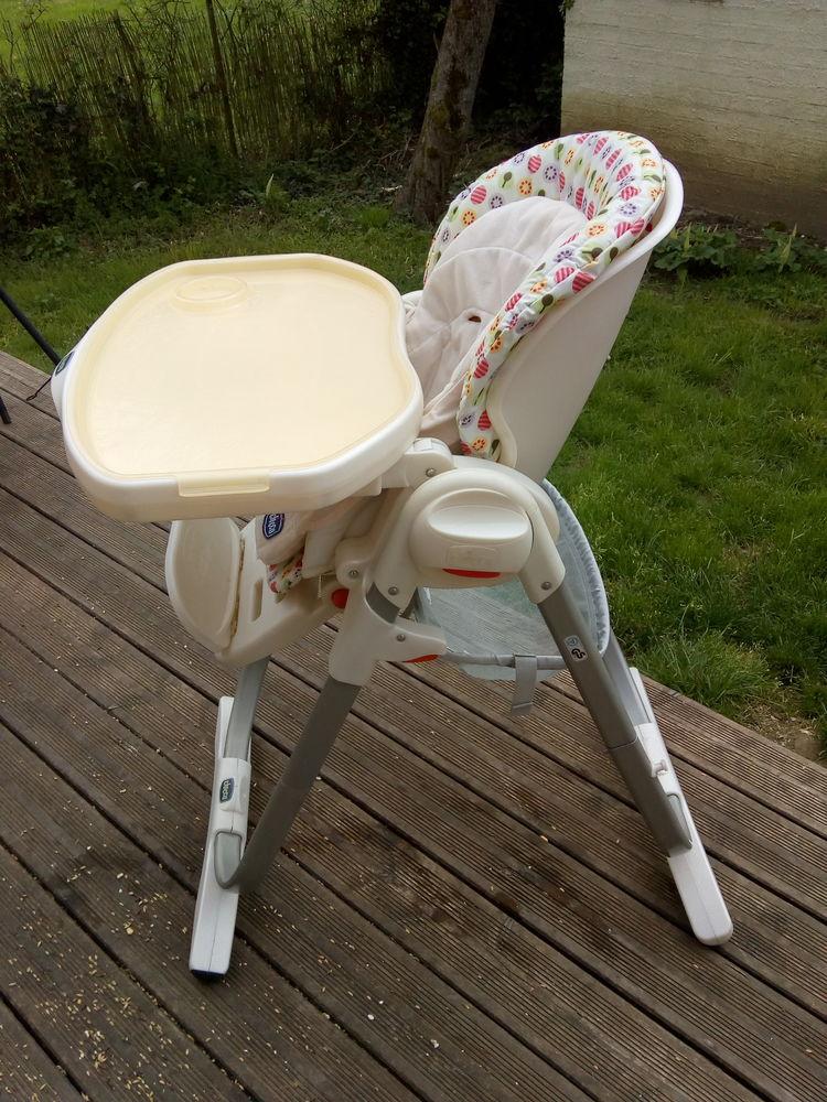 chaise haute bébé chico en parfait état 80 Naucelle (12)