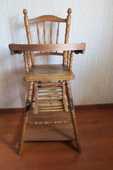 Chaise haute bébé, en bois 125 Paris 15 (75)