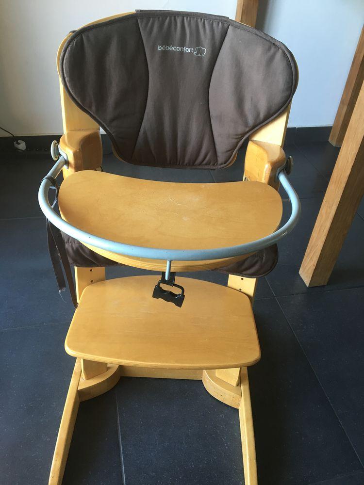 Chaise-Haute bois marque Bébé Confort 45 Antibes (06)