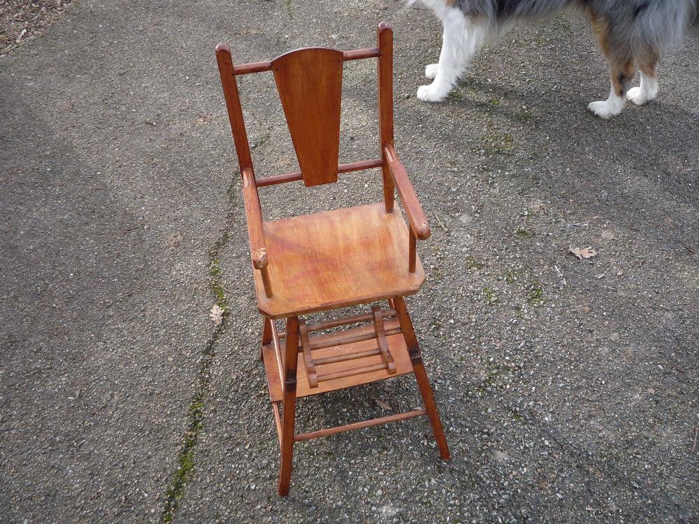 Chaise haute en bois poupon/poupée/jouet 28 Castres (81)
