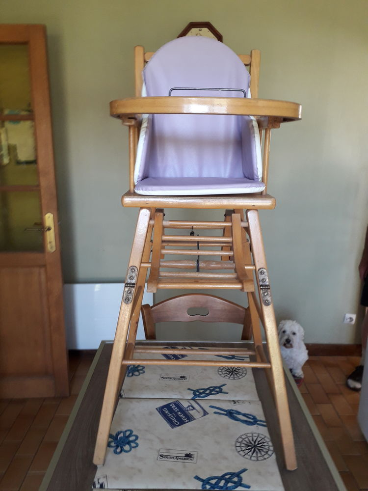 chaise haute en bois de bébé  20 Montivilliers (76)