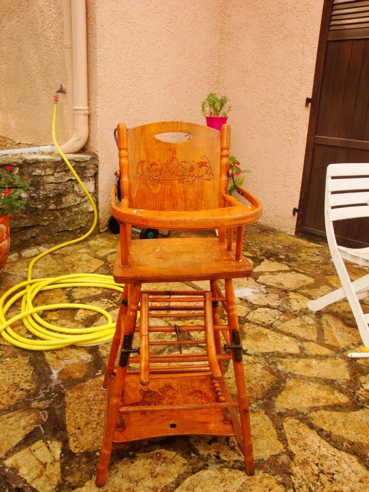 Chaise haute en bois ancienne 15 Nimes (30)