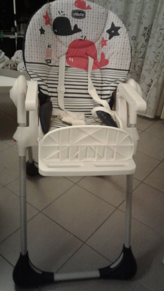 Chaise Haute Gamme CHICCO 40 Pauillac (33)