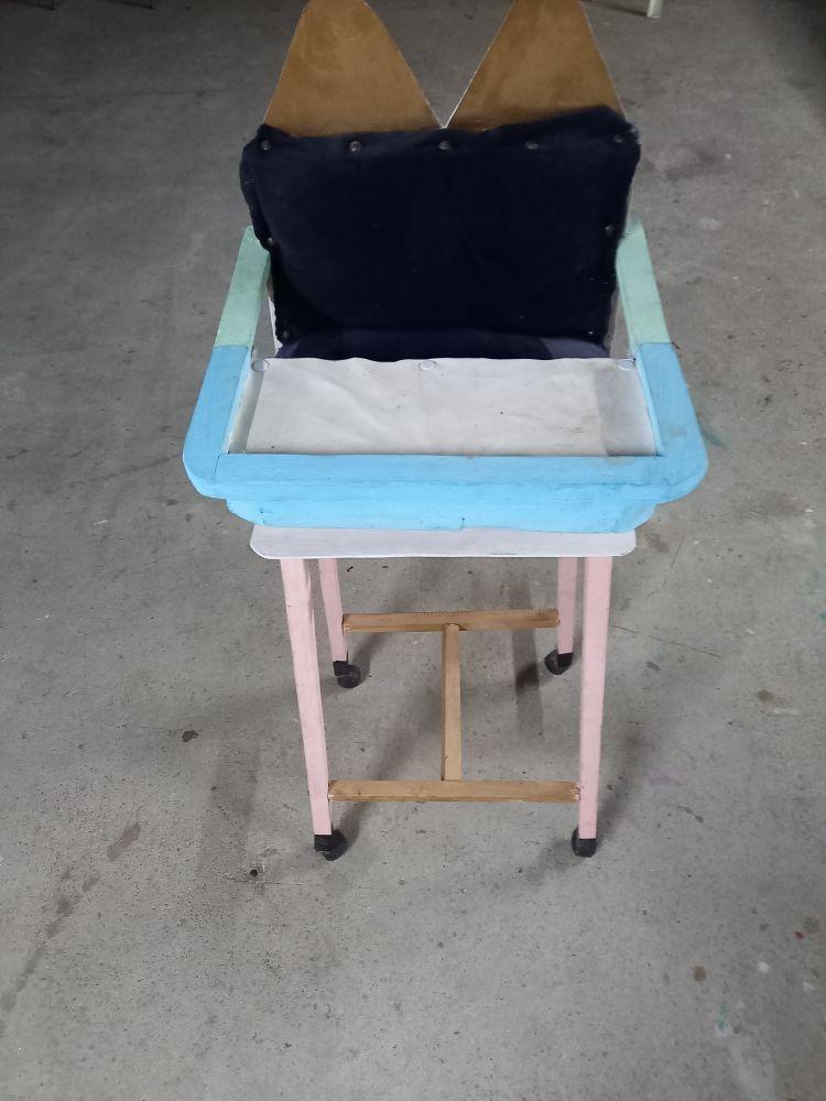 chaise haute poupée 15 Carquefou (44)