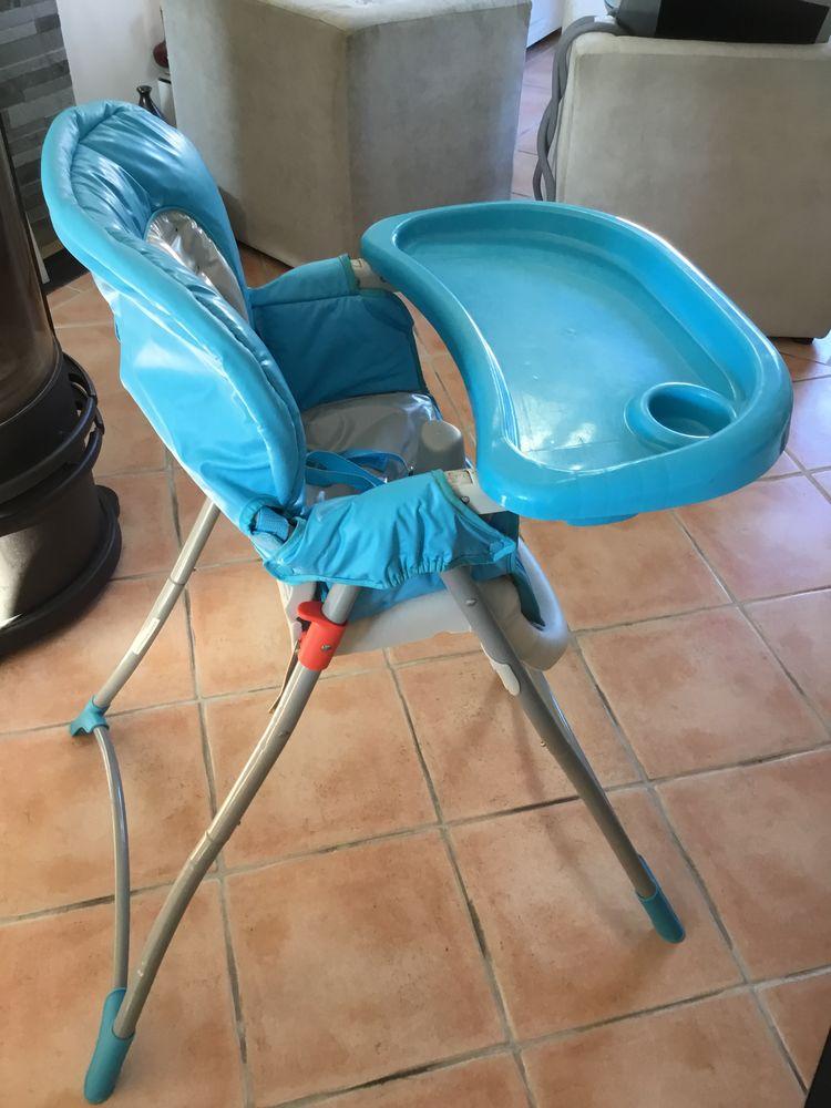 Chaise haute pour BÉBÉ  45 Cogolin (83)