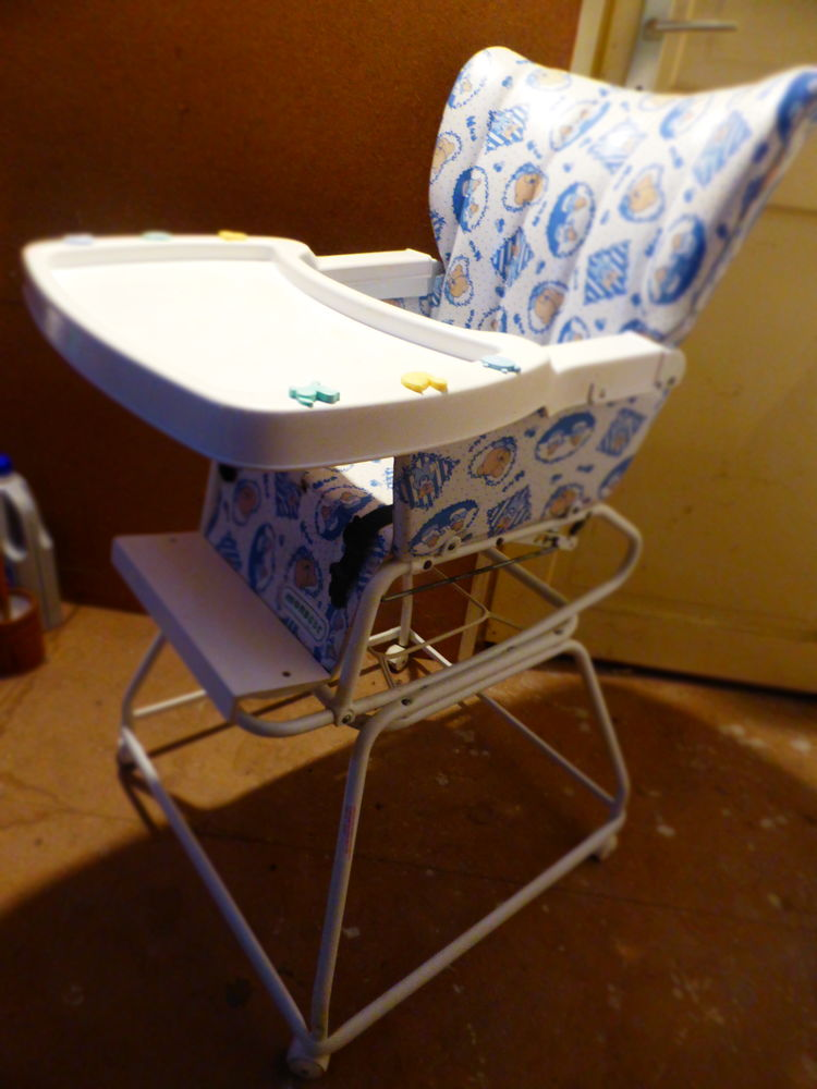 chaise haute  15 Montcornet (02)