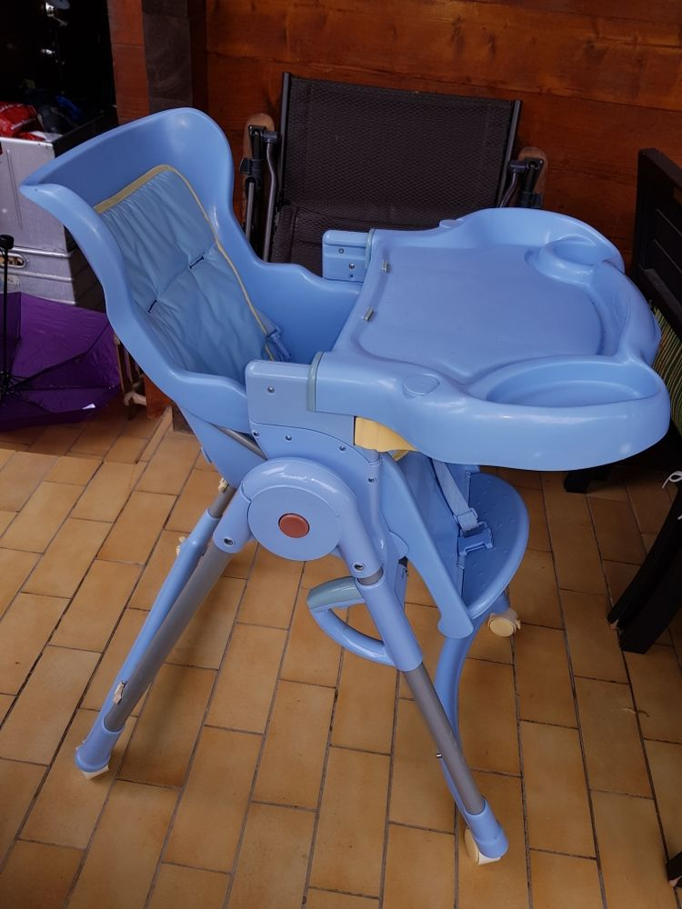 chaise haute 20 Cuvat (74)
