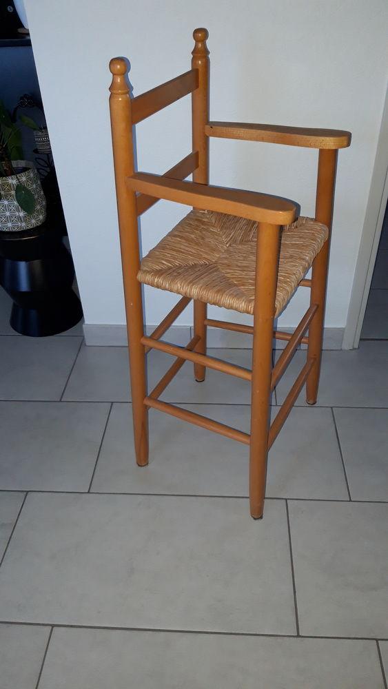 Chaise haute 25 Guipavas (29)