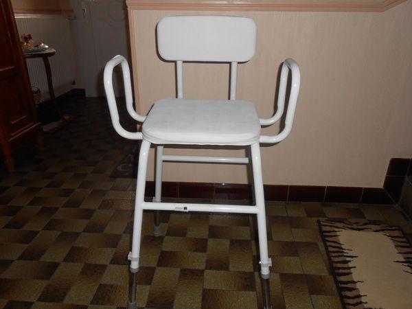 Chaise hauteur variable meubles for Hauteur d une chaise