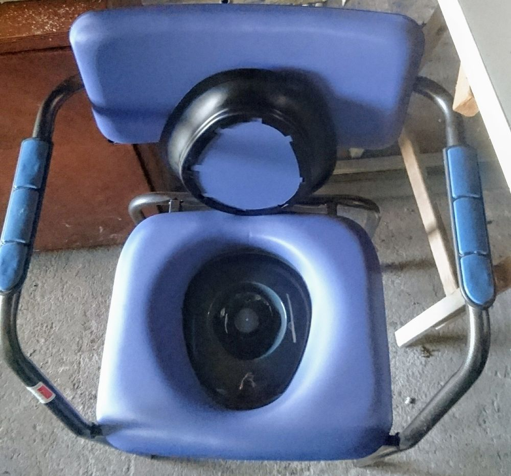 Chaise hygiénique et déambulateur 60 Marennes (17)