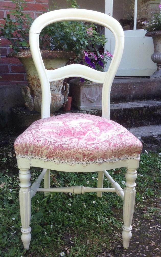 Chaise Louis Philippe entièrement restaurée 100 Saint-Cyr-sur-Morin (77)