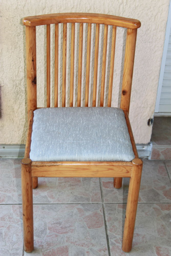 Chaise Pin massif  8 Montigny-Lencoup (77)