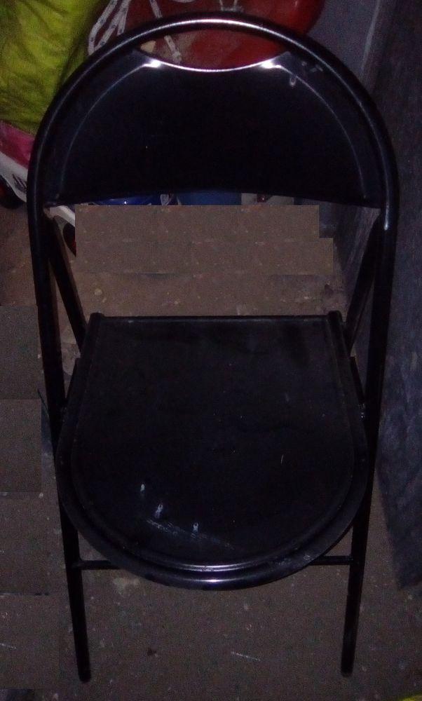 chaise en métal pliable 12 Beauchamp (95)