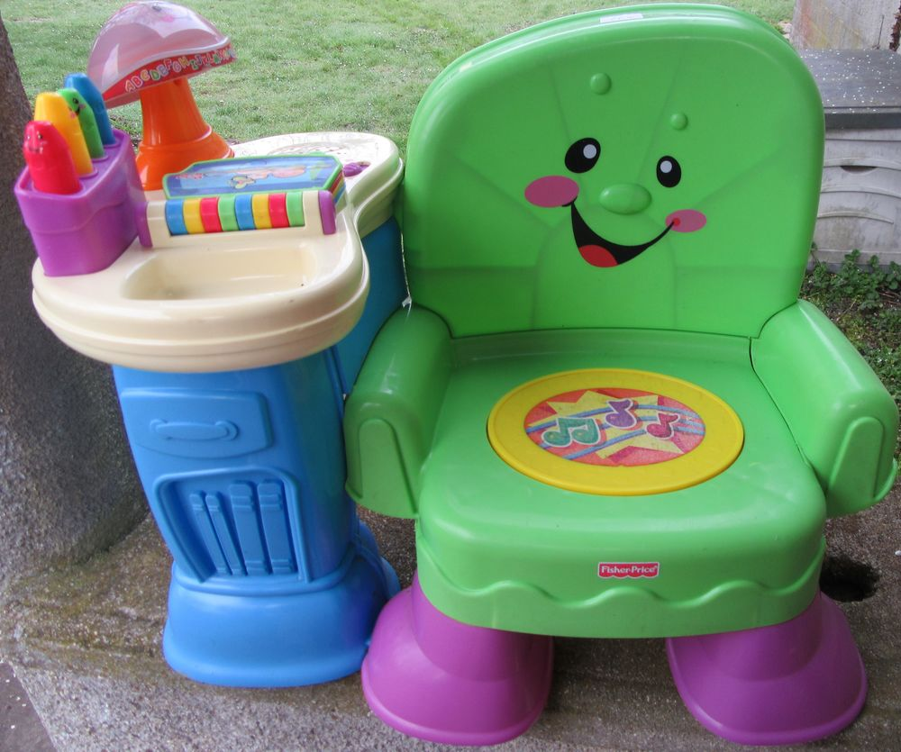 CHAISE MUSICALE FISHER PRICE  10 Brétigny-sur-Orge (91)
