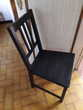 1 chaise noire en bois . 8 €. Meubles