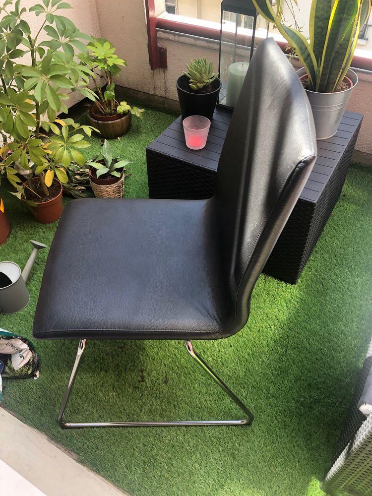 Chaise noire métal/imitation cuir 0 Paris 18 (75)