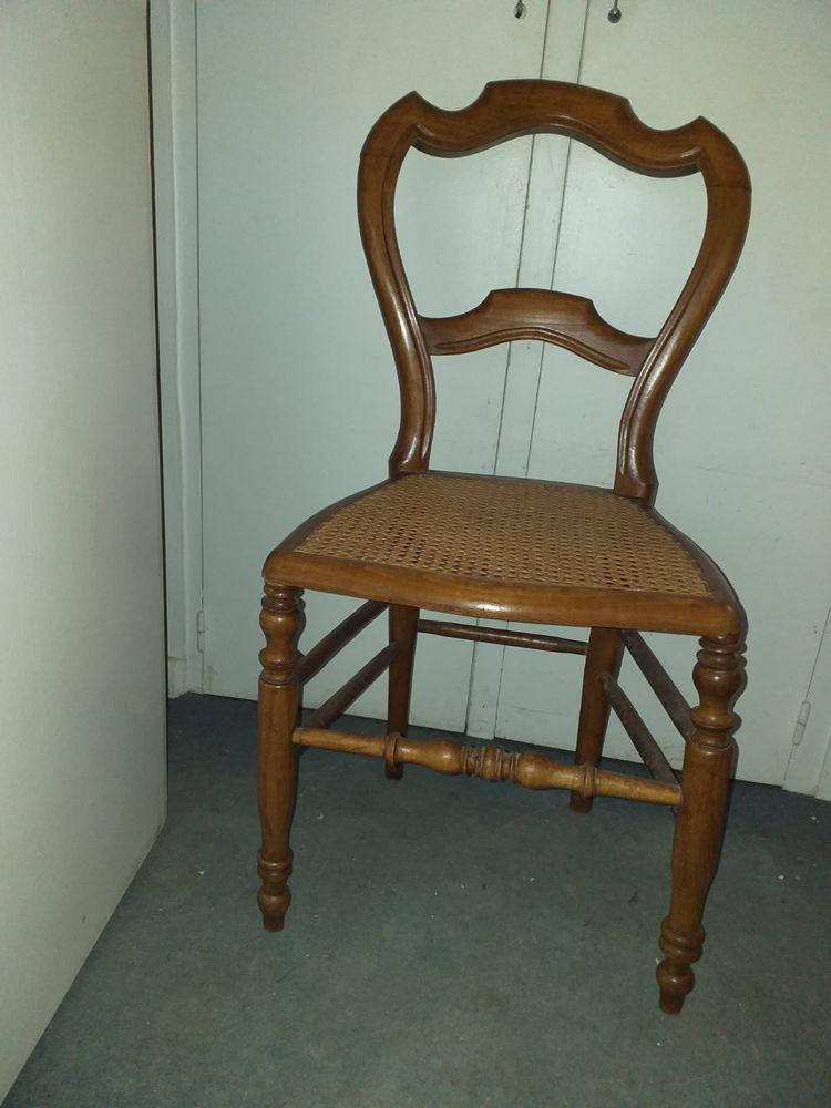 Chaise paillée 0 Saint-Pierre-en-Faucigny (74)