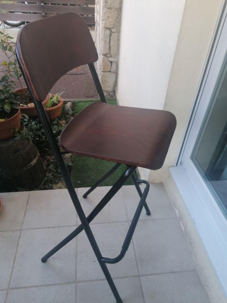 chaise de bar pliante pliante bois et métal Ikéa. 20 Valbonne (06)
