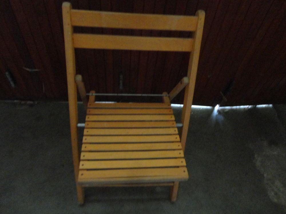 Chaise pliante  3 Blois (41)