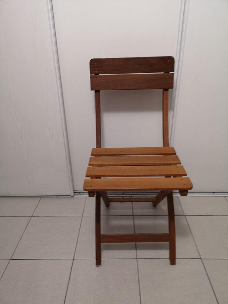 Chaise pliante  30 Montgeron (91)