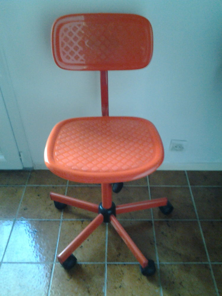 chaise à roulette 15 Villenave-d'Ornon (33)