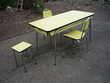 Chaise/ tabouret moderniste formica jaune/cuisine/séjour(R) Castres (81)