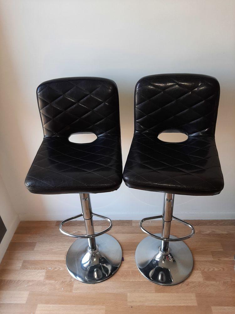 Chaise de bar 80 Montigny-le-Bretonneux (78)