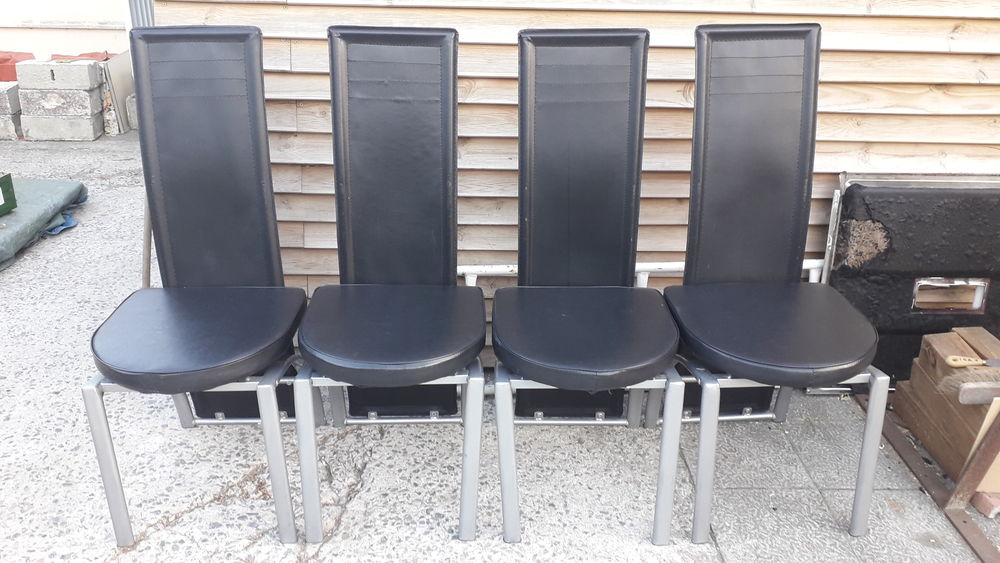 Chaises acier/simili-cuir. 18 Flers-en-Escrebieux (59)