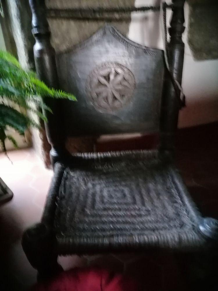 Chaises anciennes Afghannes 180 Saint-Brieuc (22)