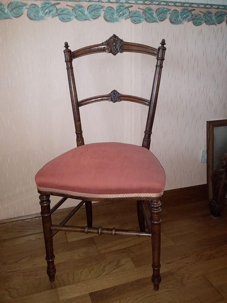 Chaises anciennes  150 Saint-Ouen (80)