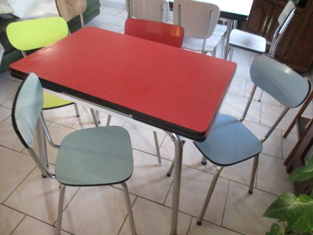 40 chaises de bistrot Baumann Meubles