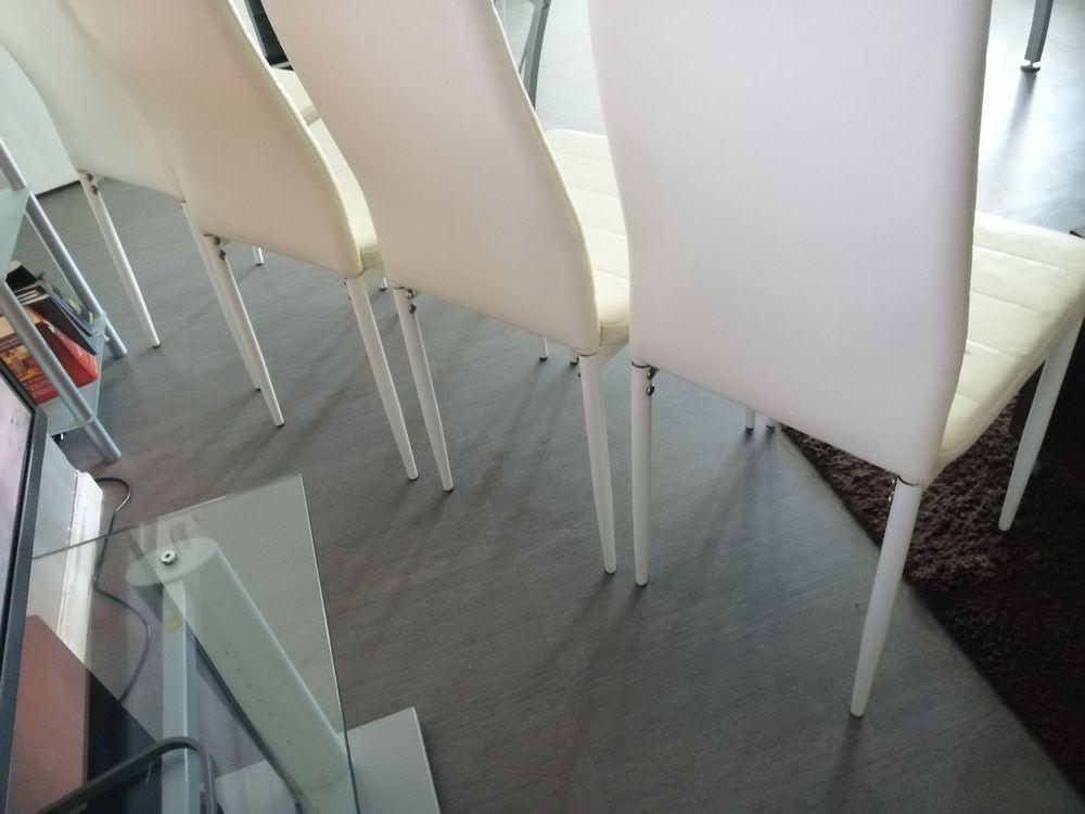 Lot de 04 chaises blanc casse 50 Arles (13)