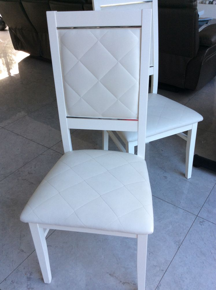 lot de 8 chaises blanche laquee qualite italienne a 440
