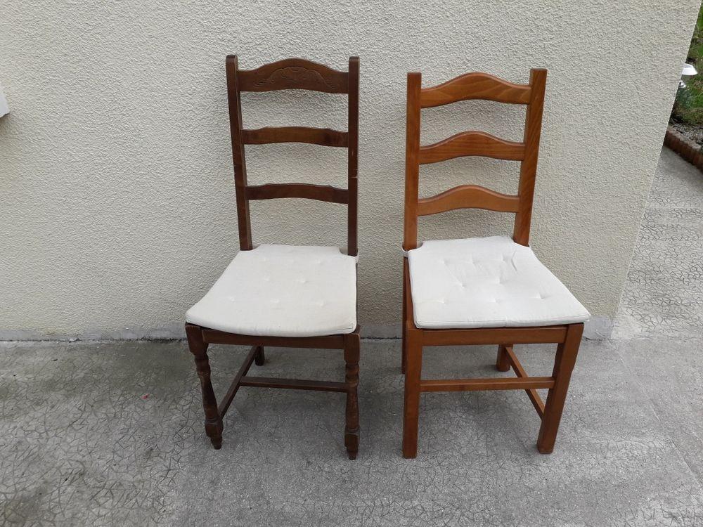 2 chaises bois bon  état 15 Sotteville-lès-Rouen (76)